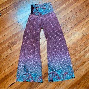 Pants - Lightweight slinky wide leg pants. Small